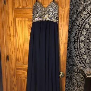 NEVER WORN PROM DRESS!!!